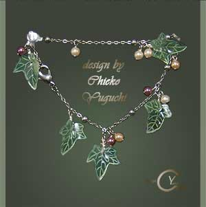 STAMP & PAINT Shrink Jewelry PJ132 Shrink Plastic in Jewelry Chieko Yuguchi work
